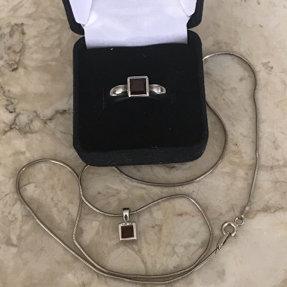 Sterling Silver & Garnet Ring & Marching Necklace